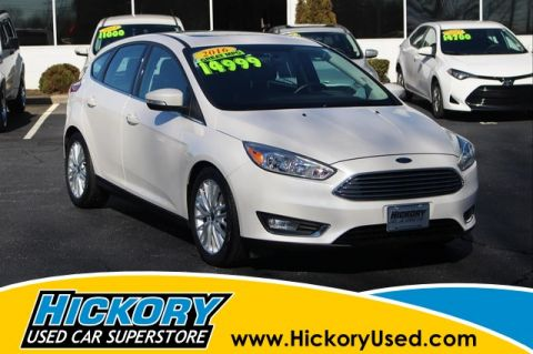 Pre-Owned 2016 Ford Focus Titanium Hatchback
