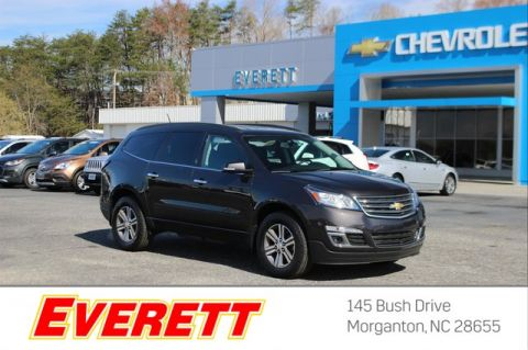 Certified Pre-Owned 2017 Chevrolet Traverse LT w/1LT