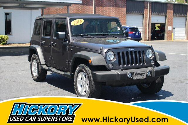 Pre-Owned 2016 Jeep Wrangler Unlimited Sport 4x4