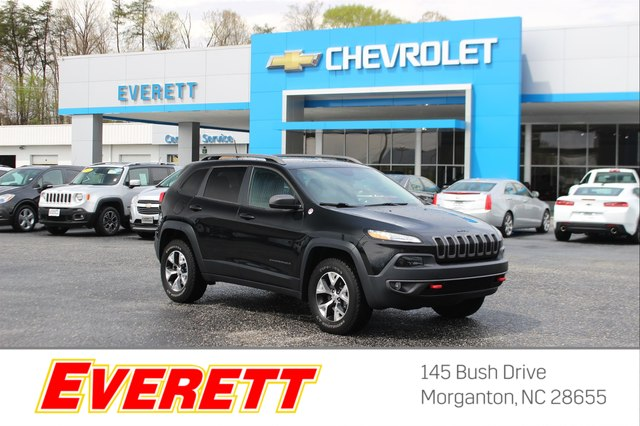 Pre-Owned 2016 Jeep Cherokee Trailhawk (4x4)