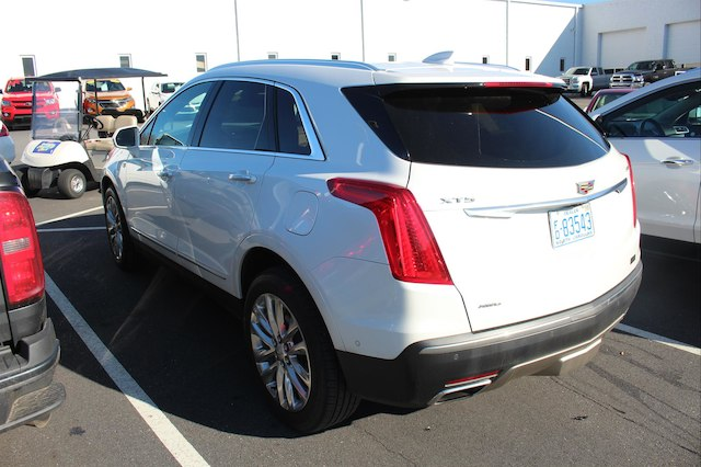 Certified Pre Owned 2017 Cadillac Xt5 Platinum Awd Suv In Hickory