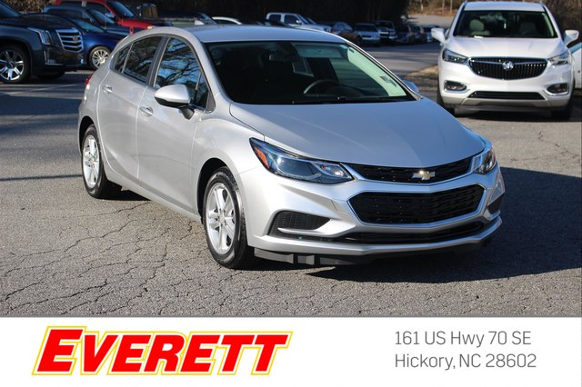 Certified Pre-Owned 2017 Chevrolet Cruze LT Auto Hatchback