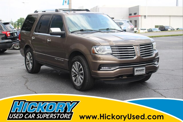 Pre-Owned 2015 LINCOLN Navigator Base 4x4