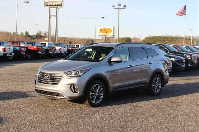 Pre Owned 2017 Hyundai Santa Fe Limited