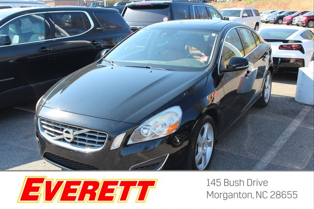 Pre-Owned 2013 Volvo S60 T5 FWD