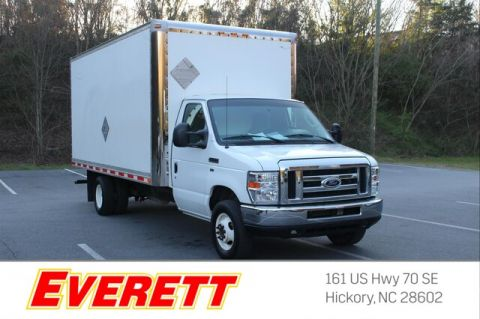 Pre-Owned 2015 Ford E-350 Cutaway Box Truck