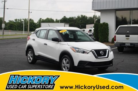 Pre-Owned 2018 Nissan Kicks S FWD